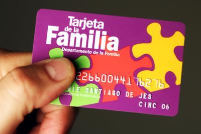 TARJETA DE LA FAMILIA